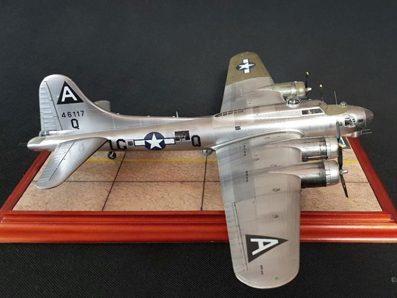 "Boeing B-17G ""Flying Fortress"""