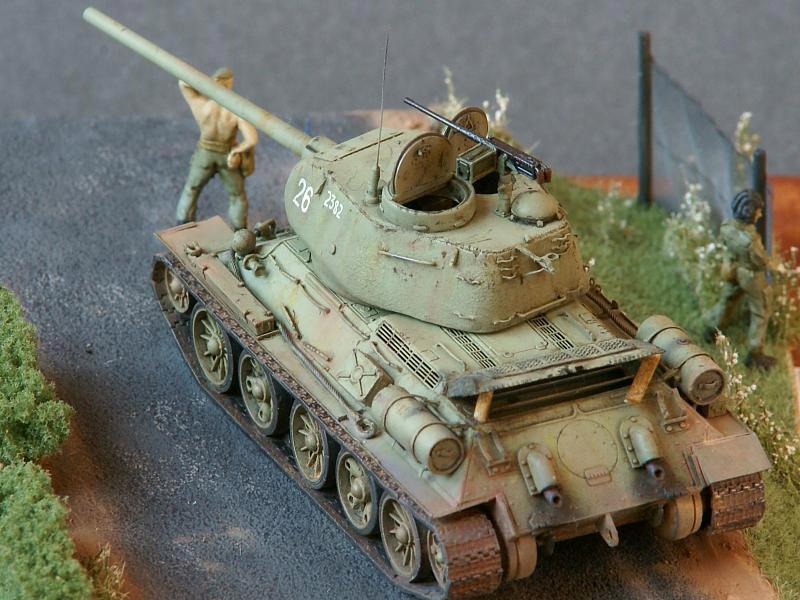 T-34/85 Revell JNA (Vukovar, lato 1991) 1/72