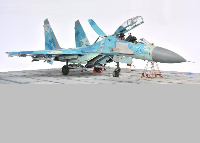 SU-27UBM1, 1/48 Hobby Boss