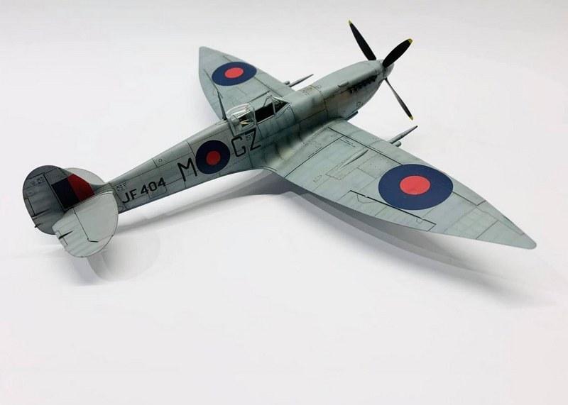 Spitfire Mk.VIII HF, Eduard, 1/48