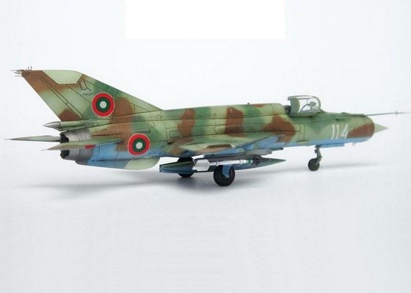 MiG-21bis, Eduard 1/144
