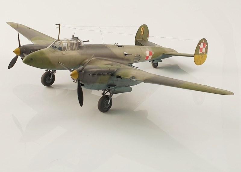 Petlyakow Pe-2, Zvezda 1/48